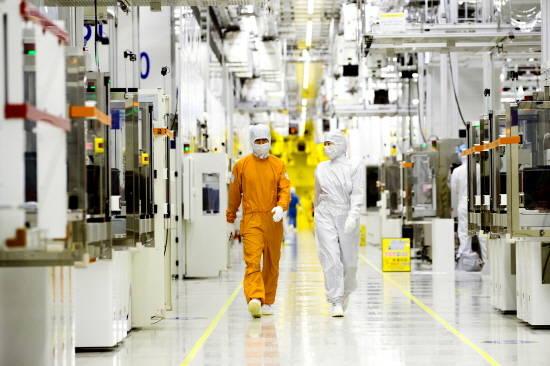 삼성전자, 시스템 반도체 1위 '시동'…203…