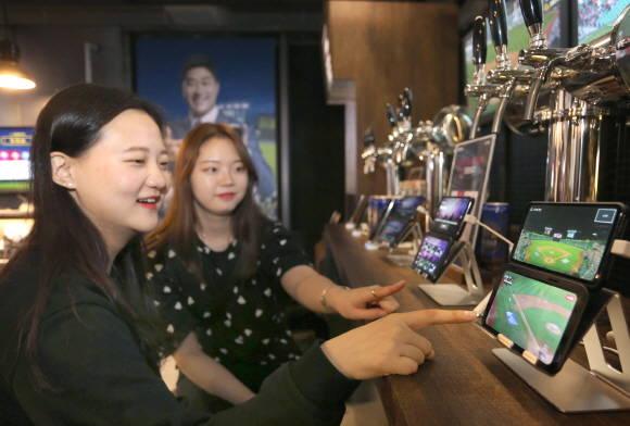 """LGU+ """"6대 5G 서비스, V50씽큐서 통했다"""""""