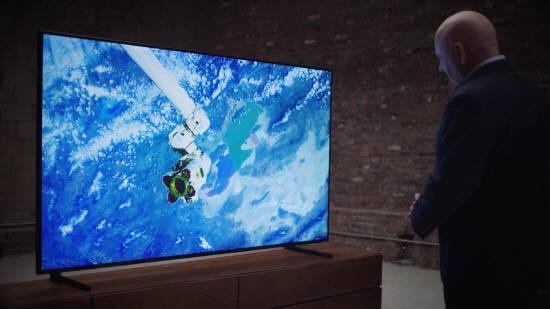 우주에서 본 지구, 삼성전자 QLED TV 속으로