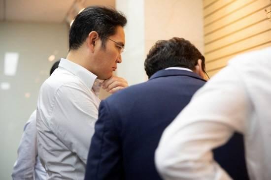 이재용 삼성전자 부회장, 현장경영 재개…차세…