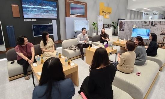 """삼성전자 이재용 부회장, """"여성 인재, 차세대…"""