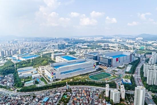 삼성전자, 반도체 우려 불식 나섰다…초격차 기술·투자 공개
