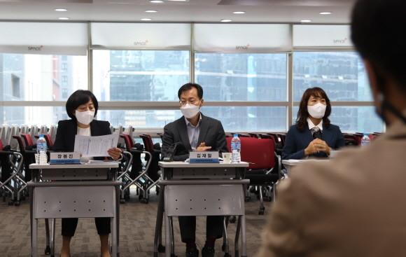 구글‧애플 인앱결제 '과징금' 기준, 한국이냐 글로벌이냐